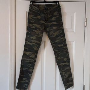 Casey Camouflage Skinny Jeans